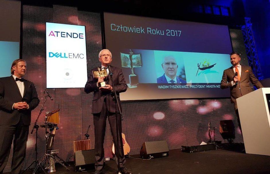 Wadim Tyszkiewicz z nagrodą Człowieka roku 2017 Smart City
