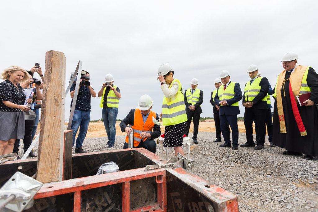 Nowa fabryka Nord w Szprotawie uroczystość wmurowania kamienia węgielnego