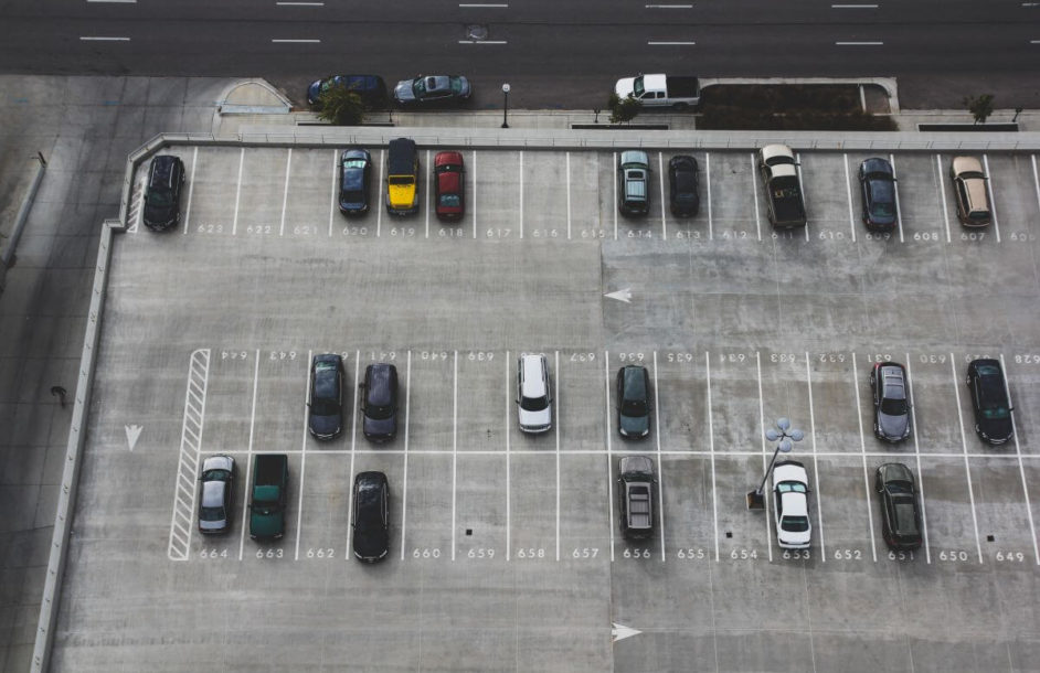 Za parking zapłacisz komórką