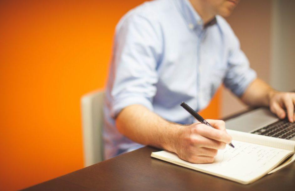Przerwa w życiu zawodowym. Jak mówić o niej na rozmowie kwalifikacyjnej?