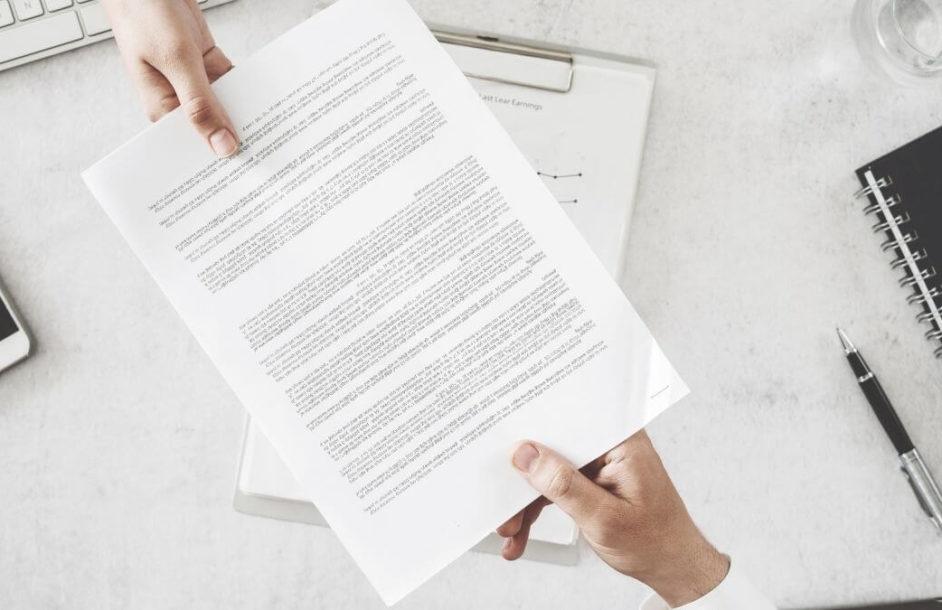 Czy można wypowiedzieć umowę podczas choroby pracownika?