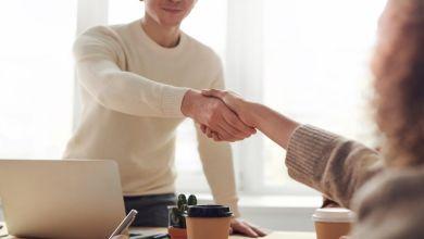 Jak mówić o zwolnieniu z pracy na rozmowie rekrutacyjnej?