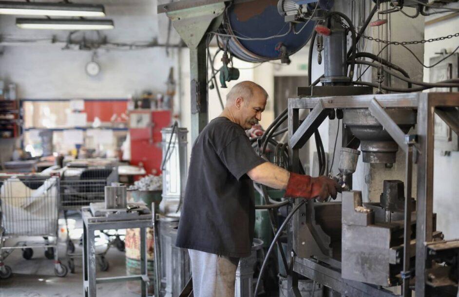 Czy pracodawca powinien zapewnić odzież roboczą?