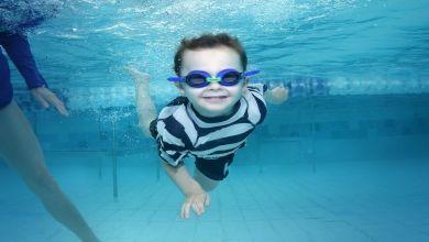 Nauka pływania na nowosolskim basenie. Dla kogo i kiedy?